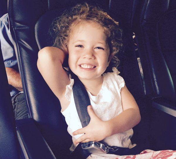 Avion avec bébé et enfant : 10 principes du plaisir en vol - BB Jetlag