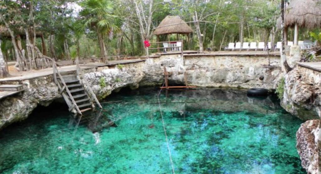 Zazil Ha cenote, Riviera Maya, Mexique