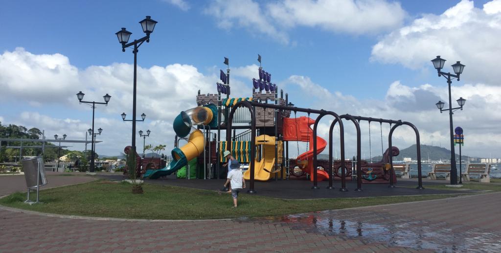 Causeway Island Panama City parc pour enfants