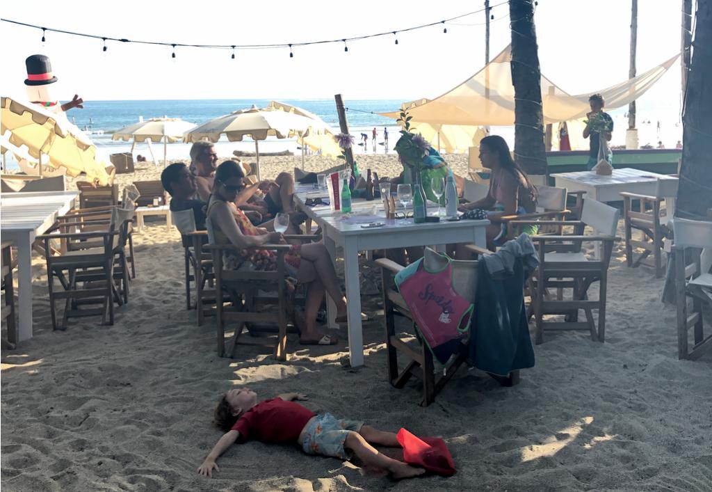 Gusto Beach Bar, Samara