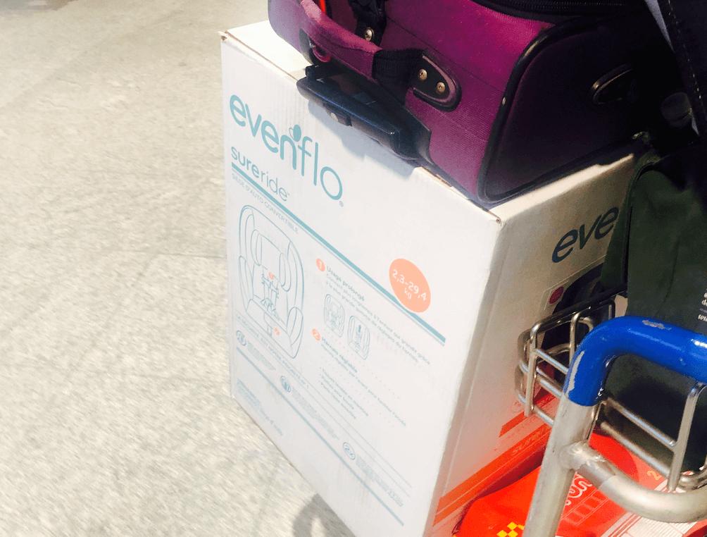 Transport d'un siège d'auto pour bébé ou enfant en avion