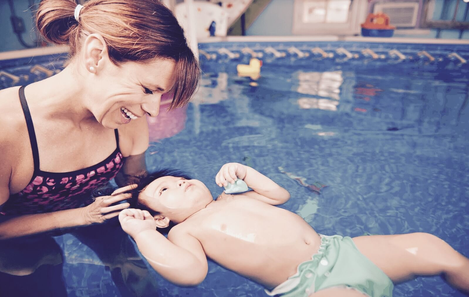 Karina Renaud Cours de natation pour bébé et enfant à la maison en ligne
